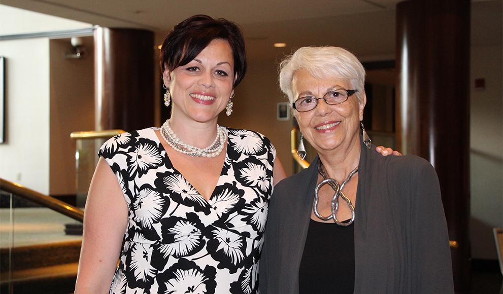 Alicia Lopez '91 and her mom, Sonia Nieto