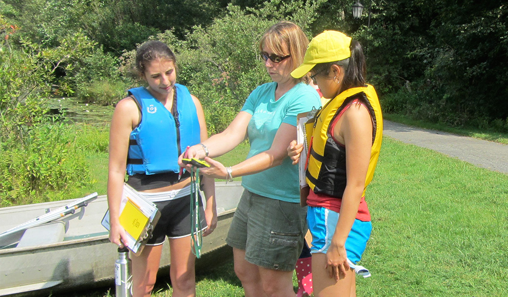 Geosciences students conduct fieldwork on campus