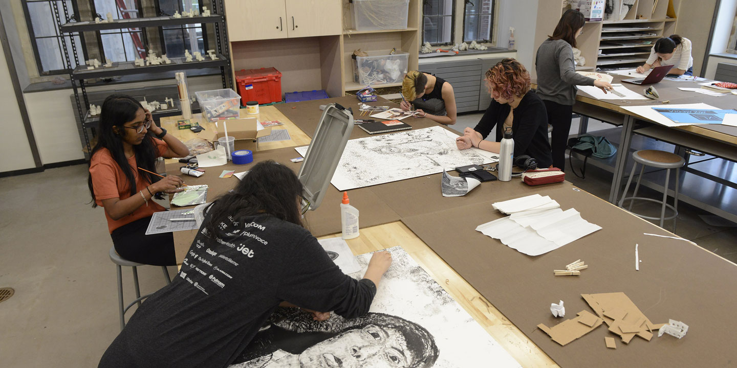 students in the 2-d art studio