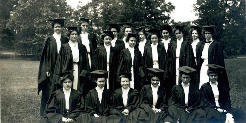 1911 Beebe Hall Seniors