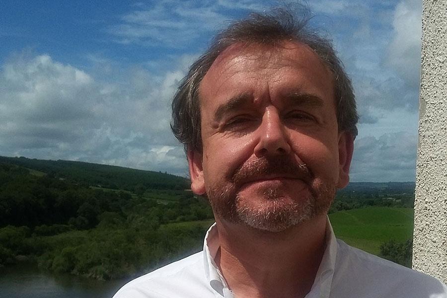 Dr. Eibhear Walshe