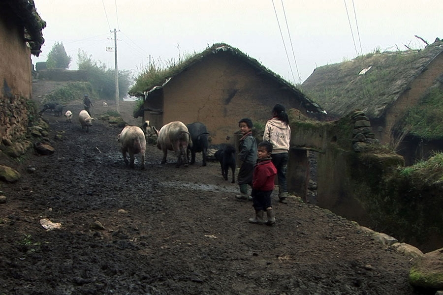 Still from Wang Bing's documentary Three Sisters