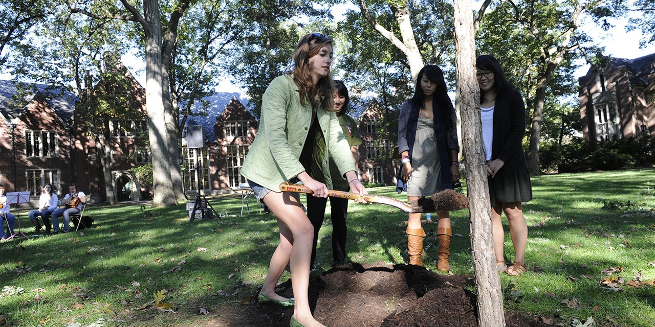 Wellesley students plant their class tree (October 2010).