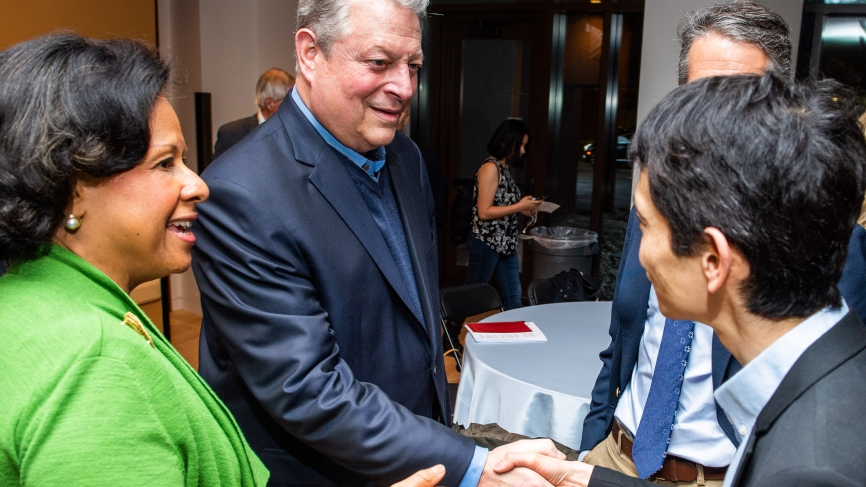 President Paula A Johnson and Yui Suzuki speak with Al Gore.