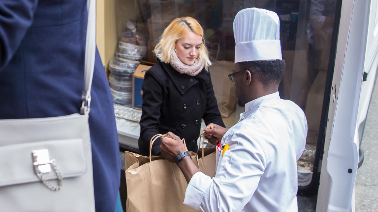 Food from Wellesley dining halls are loaded onto a truck.