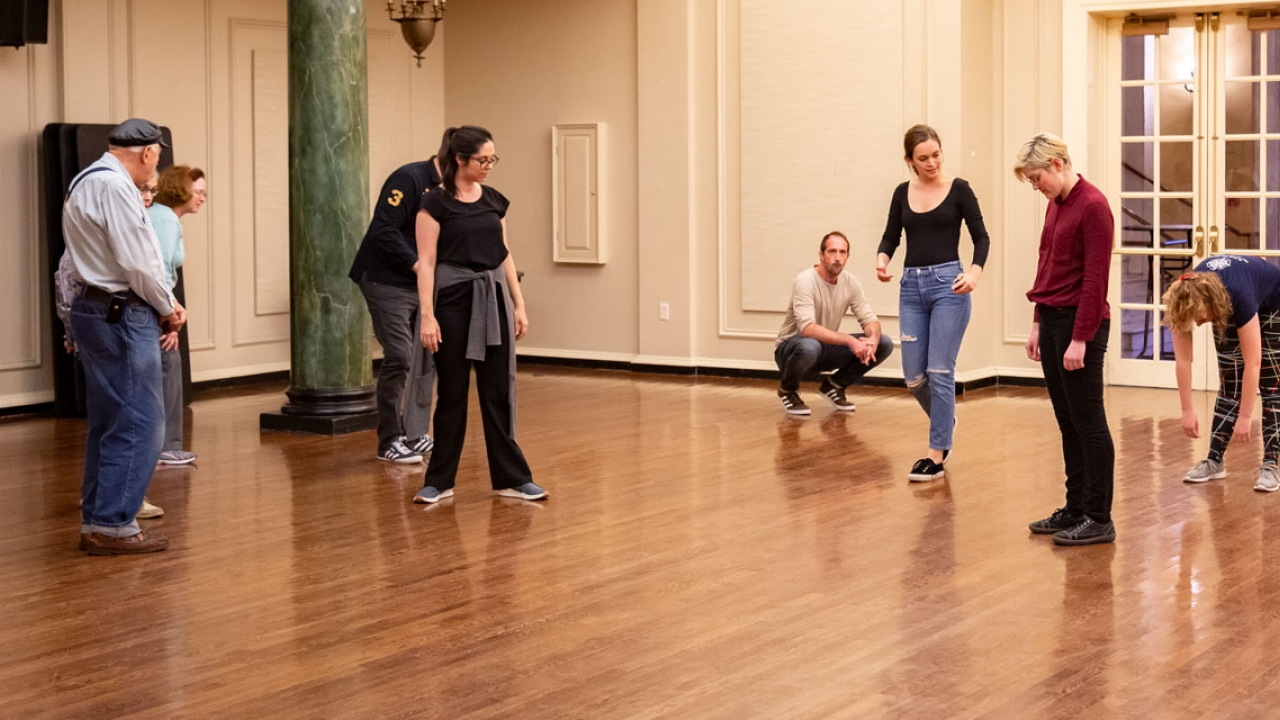 Actors From The London Stage rehearse with Wellesley students in a practice space.